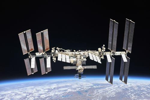 ¨Prévoir et visualiser le passage de la station spatiale ISS